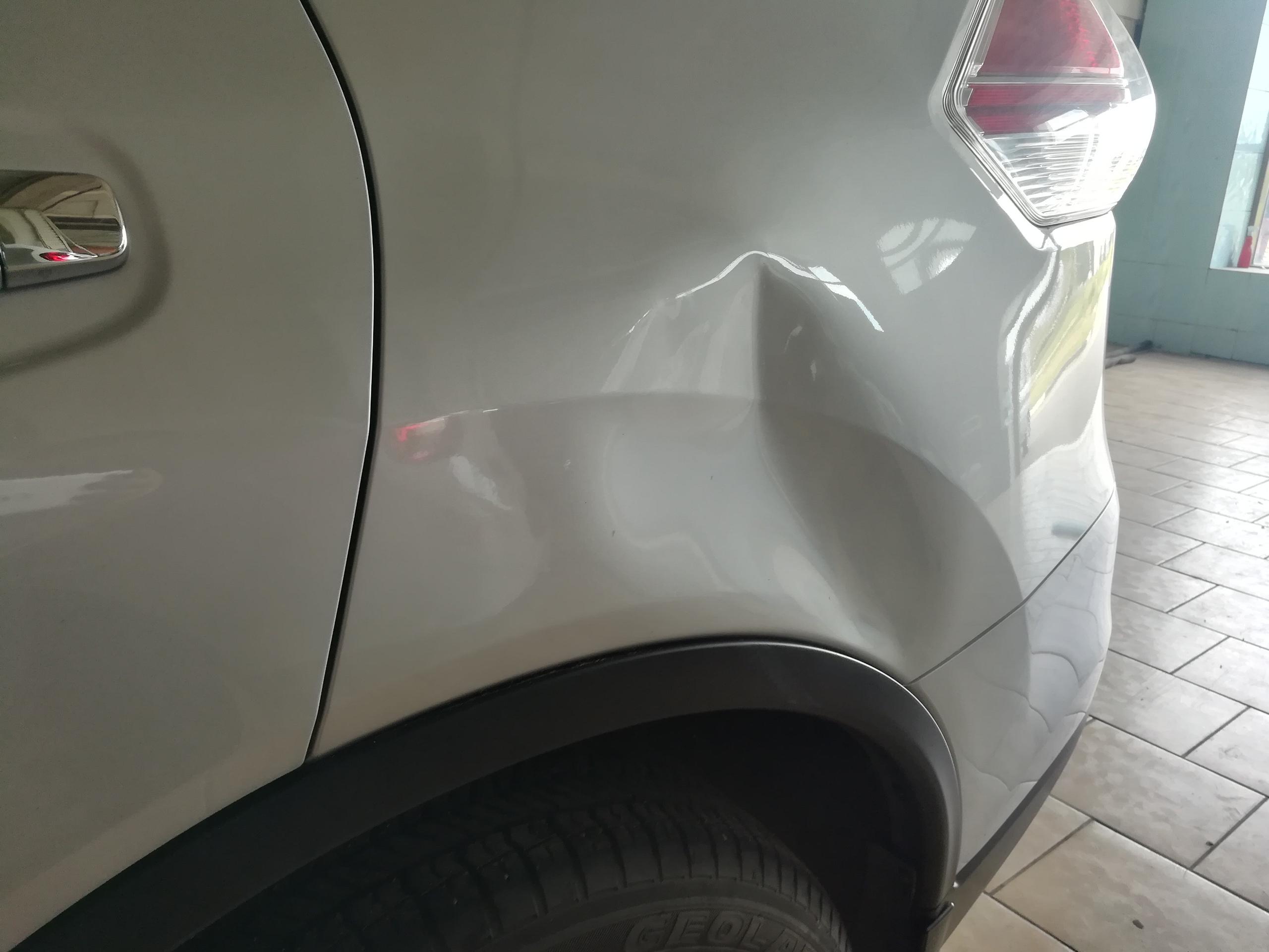 Ремонт большой вмятины на Nissan Qashqai